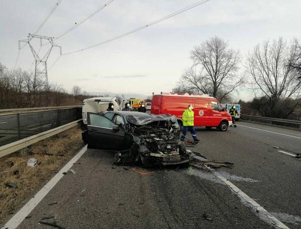 FOTÓK: Baleset történt az M3-as autópályán Hatvan térségében