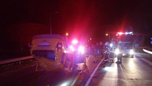 Égő autóból mentették ki a járművezetőt a nagykállói rendőrök