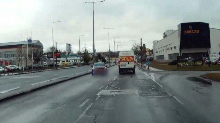 VIDEÓ: A Szentendrei úton szembement a forgalommal
