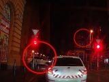 VIDEÓ: Büntetett a karma a körúton. Teli piroson suhant át. Megfogták.
