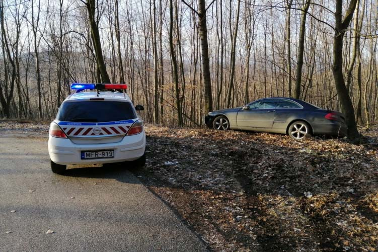 Autósüldözés volt Pilisszántónál. Keményen odalépett a körzeti megbízott