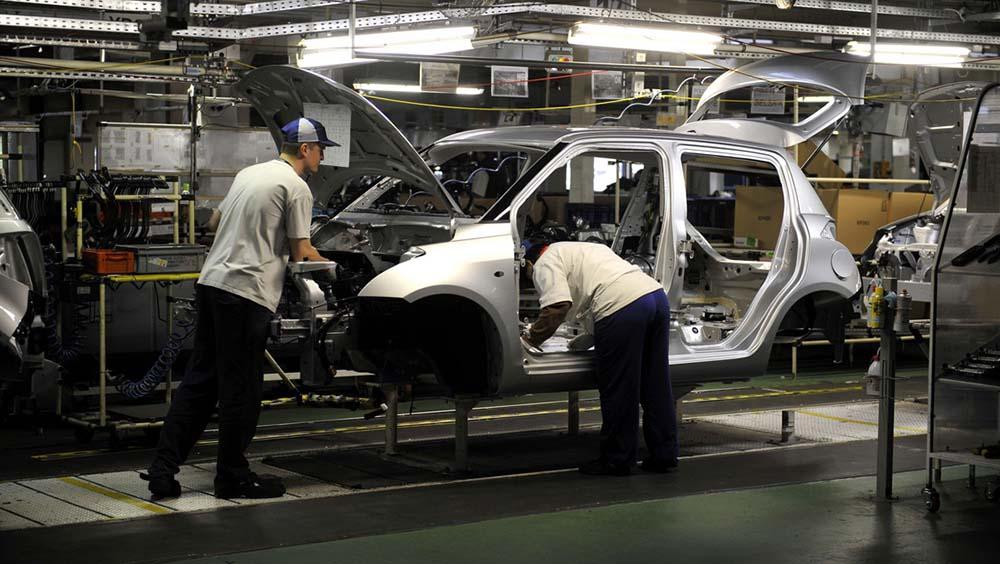 Úgy volt, hogy egyelőre nem, de mégis leáll az esztergomi Suzuki gyár is