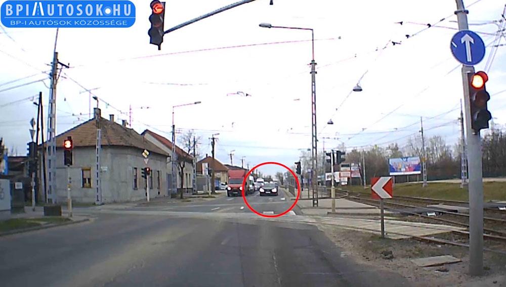 Határ út: Erről az Audiról már csak a megkülönböztető jelzés hiányzott