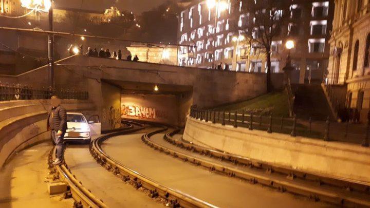 Videó készült róla, ahogy követte a villamost az alagútba a MOL Limo-s sofőr