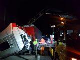 FOTÓK: Tanulságos részletek derültek ki a tegnapi M3-ason történt balesetről