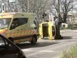 Mentőautó borult fel Zuglóban. Teljes útzár!