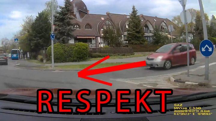 VIDEÓ: Ebben a helyzetben sokan elvéreztünk volna. Respekt olvasónknak!