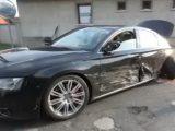 VIDEÓ: 150-nel előzte meg a rendőrautót a BMW, majd Audival ütközött