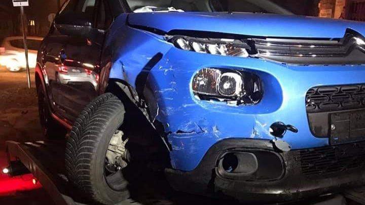 Vétlen volt, januárban összetörték szinte új autóját. Tanulságos…