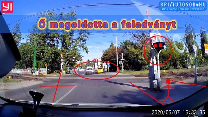 VIDEÓ: Egyedi módját választotta a HÉV átjárón történő átkelésnek a Maruti sofőrje