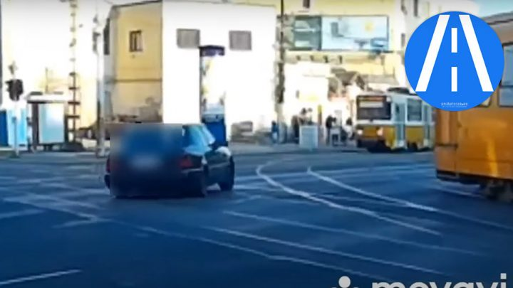 VIDEÓ: Mindkét villamosvezetőt meglephette ez a kamikaze Mercis az Orczy téren