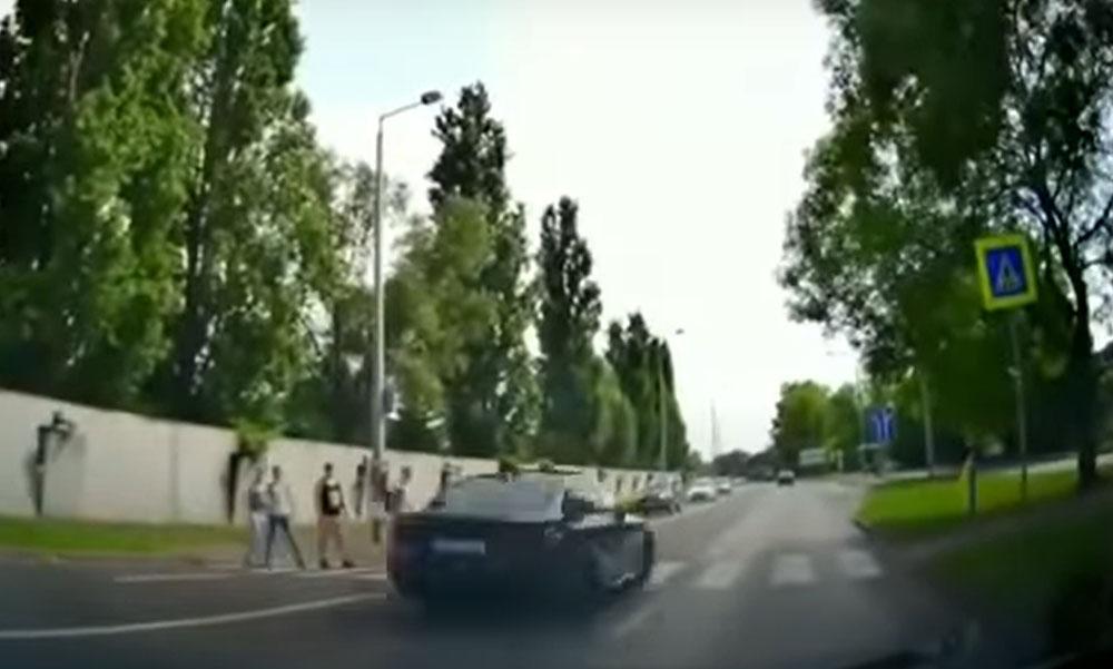 VIDEÓ: Egy hajmeresztő nyíregyházi felvétel került fel az Internetre tegnap