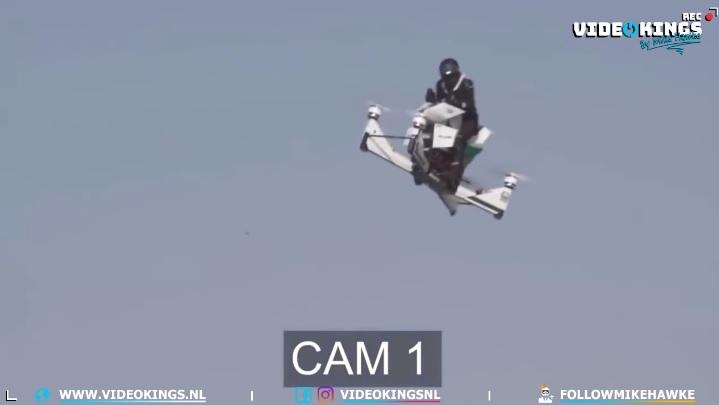 VIDEÓ: A dubaji rendőrségnél már a repülő motorokat tesztelik – Ez most alig 20 másodpercig tartott