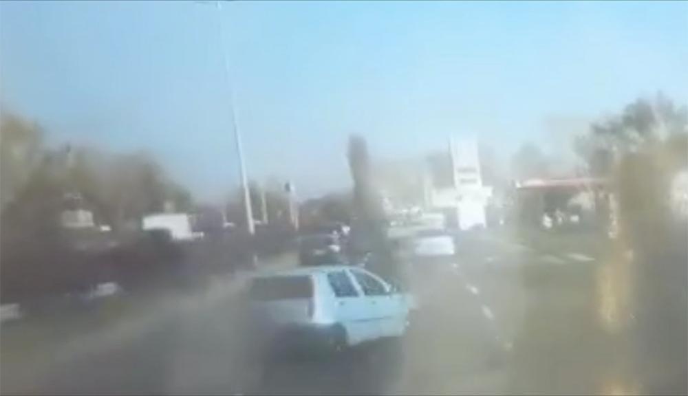 VIDEÓ: Ez lett a vége egy Gyáli úti, áprilisi büntetőzésnek, mert olvasónk betartotta a sebességhatárt