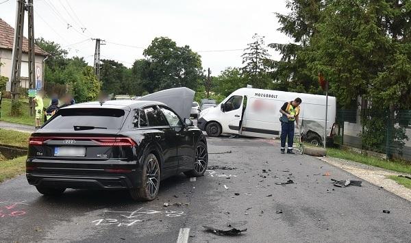 FOTÓK: A ZTE cáfolja, hogy játékosuk gyorsan hajtott, mikor ma balesetezett Sorokpolányban