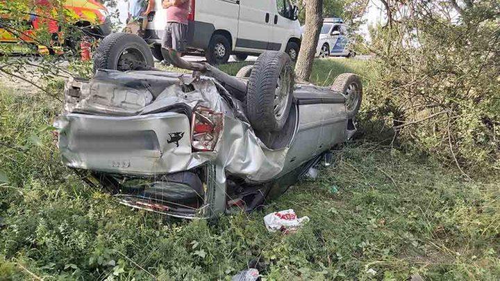 FOTÓK: Felelőtlen előzés miatt történt tegnap baleset és majdnem tragédia