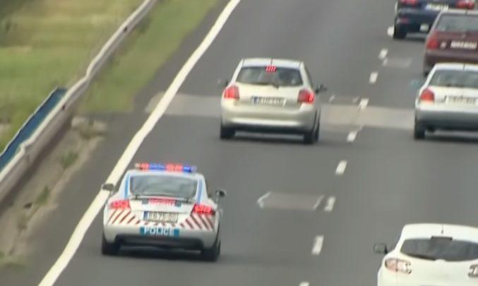 Fokozott razzia volt hétvégén az M7-esen – Megelégelték a rendőrök, hogy a felelőtlen sofőrök okozta balesetek miatt minidig áll a pálya
