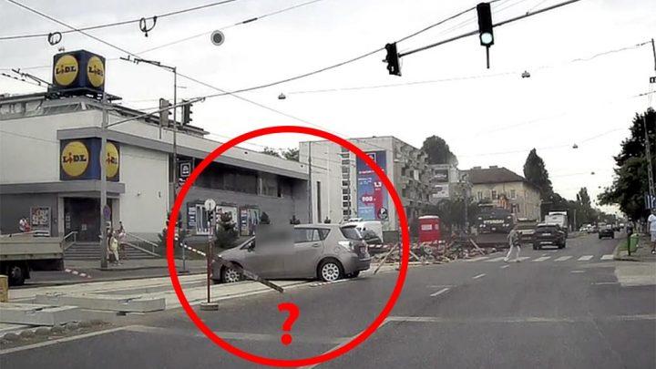 Videó készült róla, ahogy az éppen átépítés alatt álló sínek közé szorul egy autós ma délelőtt a 13. kerületben