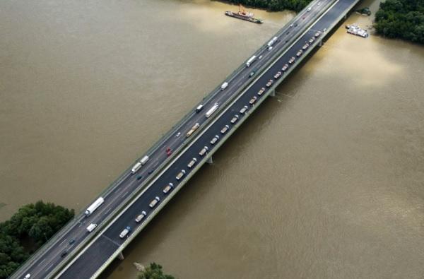Ismét vizsgálják az M0-s Duna-hídját – Forgalomkorlátozásra számítsatok vasárnap