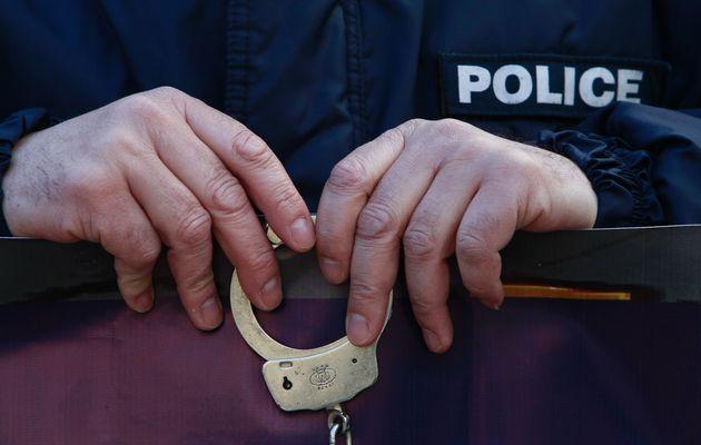 Letöltendő börtönbüntetés vár 18 korrupt autópálya-rendőrre