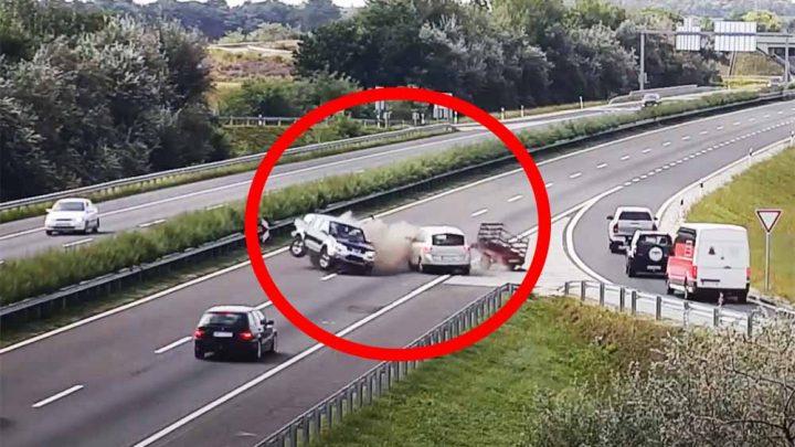 Elképesztő balesetet rögzített a Magyar Közút kamerája az M25-M3-as gyorsforgalmi úti csomópontban