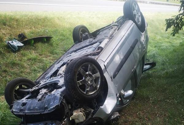 Összeütközött két gépkocsi az M5-ös autópályán, Ócsa és Inárcs között