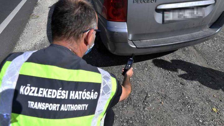 Közúti közlekedési környezetvédelmi akció – több mint 900 járműből tizenhetet kellett vizsgára berendelni