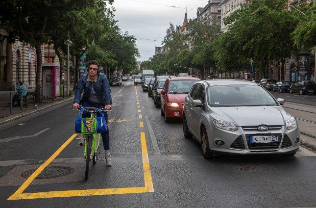 Üllői úti és nagykörúti biciklisávok: A 18. kerület polgármestere tárgyalást kezdeményez a Fővárossal