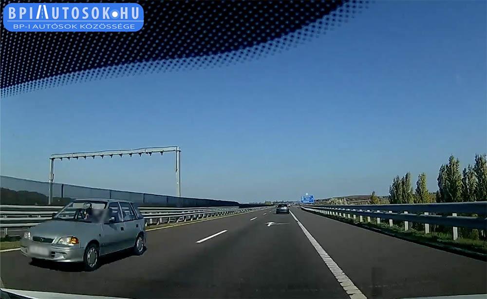 VIDEÓ: Lehajtott napellenzőkkel száguldott a Suzukis szembe a forgalommal az M6-oson ma délben