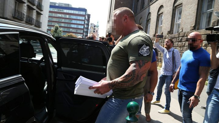 Vesztegetéssel akarta visszaszerezni jogsiját M. Richárd, majd a baleset után szintén pénzzel akarta befolyásolni a büntetőeljárást