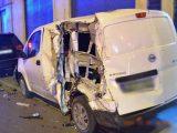 FOTÓK: Tört-zúzott a részeg kamionos Újpesten szinte mindent, ami az útjába került tegnap este