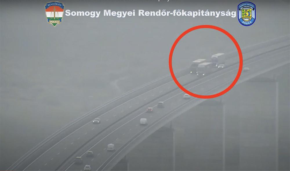 """VIDEÓ: Drónnal """"vadásztak"""". Lekapcsolták a Kőröshegyi völgyhídon előző kamiont"""