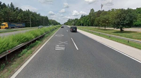 Holttestet találtak az M1-esen – Szemtanúkat és egy járműszerelvényt keresnek a rendőrök