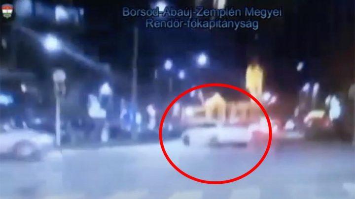 VIDEÓ: Miskolcon driftelt egy keményet valaki a rendőrök előtt. Nem tetszett nekik…