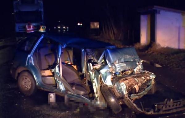 VIDEÓ: Előzésből lett frontális ütközés Nyírteleknél – Az autó utasa a helyszínen életét vesztette
