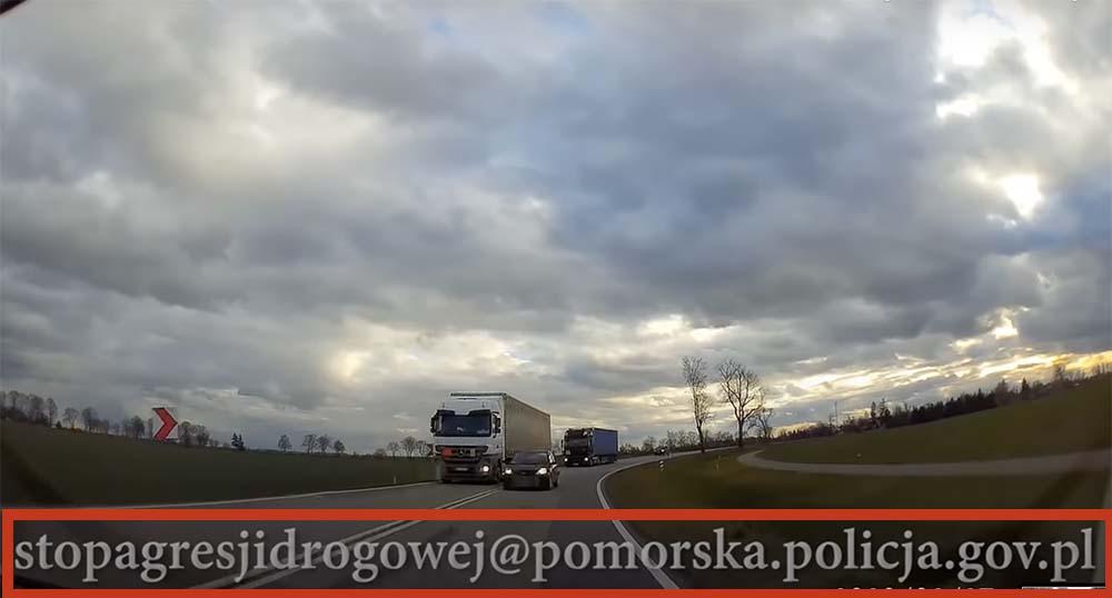 VIDEÓ: Civil autósoktól vár fedélzeti kamerás felvételeket a renitens közlekedőkről a lengyel rendőrség