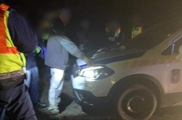 FOTÓK: Ismét katalizátor tolvajokat értek tetten