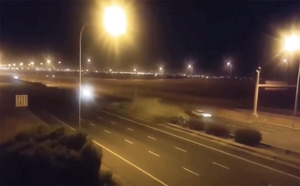 VIDEÓN A BALESET: Akár 300-zal is mehetett a BMW-s, aki elveszítette uralmát az autó felett