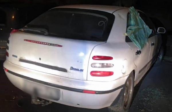 Kiszemelt egy autót, ami régóta az utcán parkolt, feltörte és sajátjaként akarta eladni