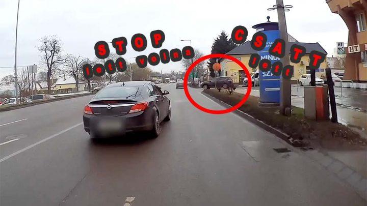 VIDEÓ: Csúnyán összetörték autóját, pedig csak a STOP táblánál kellett volna megállnia