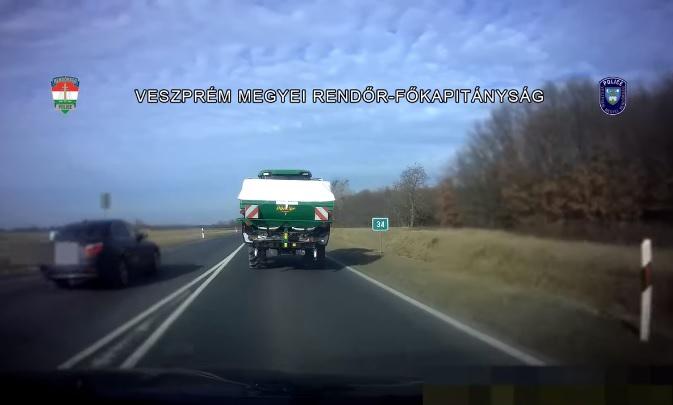 VIDEÓ: Szabálytalan közlekedőkre csaptak le a Veszprém megyei rendőrök