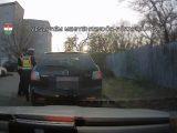 VIDEÓ: Záróvonalon keresztül előzés, piroson áthajtás – Újabb kis összeállítást adott ki a rendőrség