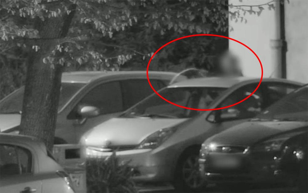 VIDEÓ: Már nem az első autóból szívta le az üzemanyagot. Elkapták