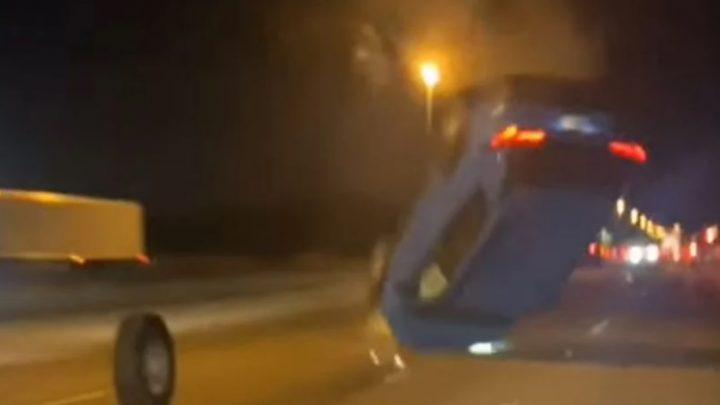 VIDEÓ: Elképesztő baleset – Elszabadult teherautó kereke repítette levegőbe a szerencsétlen autóst