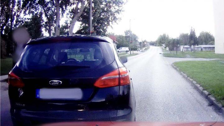 VIDEÓ: A közúton akarta rendezni a vitát a Ford sofőrje Bicskén