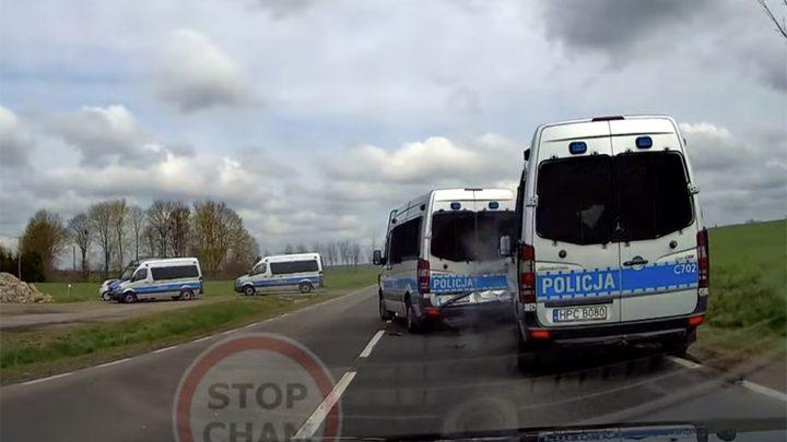 VIDEÓ: 3 rendőrautó tört össze, mert a lengyel rendőrök nem tartottak megfelelő követési távolságot