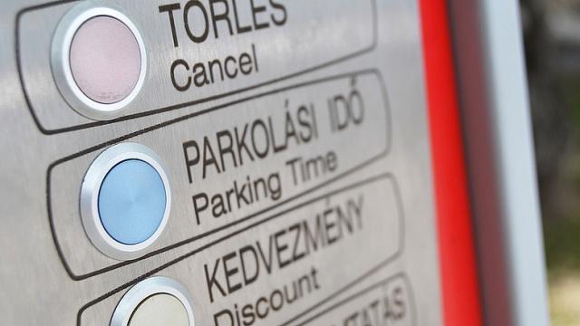 Az autó súlyához igazítanák a parkolási díj mértékét az egyik német városban