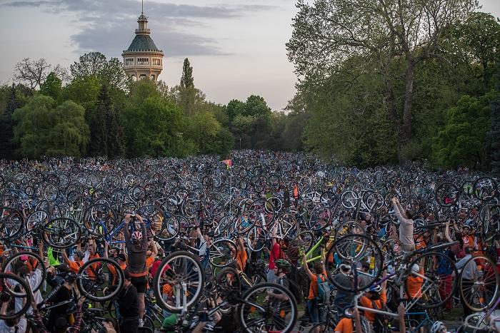 Hétvégén kerékpáros vonulás miatt készülj egy jó adag lezárásra