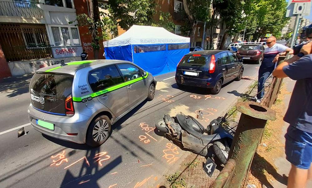 FOTÓK: Ráfutásos balesetben halt meg egy robogós kedd délelőtt a 3. kerületben