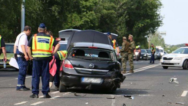 Nem tudtak segíteni azon a 44 éves motoroson, aki hétfőn délután személyautóval ütközött Balatonszárszón